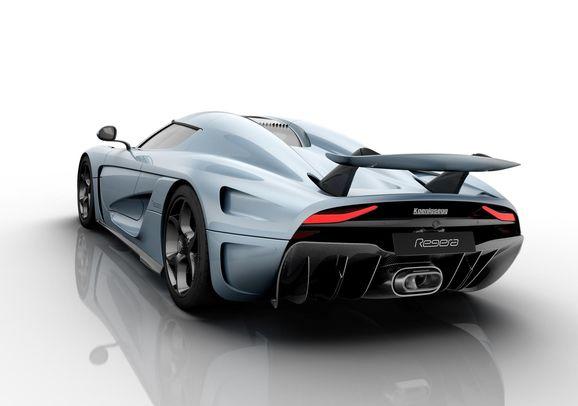 Koenigsegg_Regera_wing_up.jpg