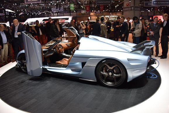 Koenigsegg_Regera_40_big.jpg