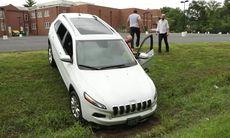 Hackers har tröttnat – släpper koden för att fjärrstyra Jeep Cherokee