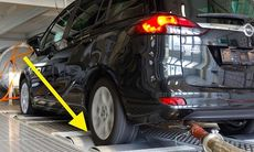 Opel dementerar påstående om att man avgasfuskar som VW