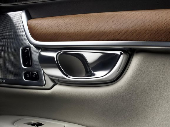 Volvo-S90-New-67.jpg