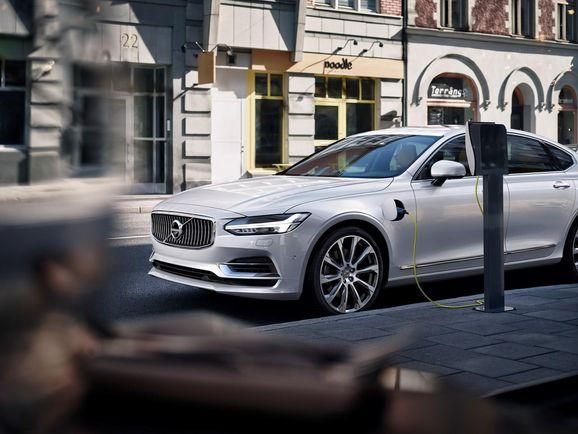 Volvo-S90-New-48.jpg