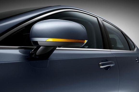 Volvo-S90-New-37.jpg