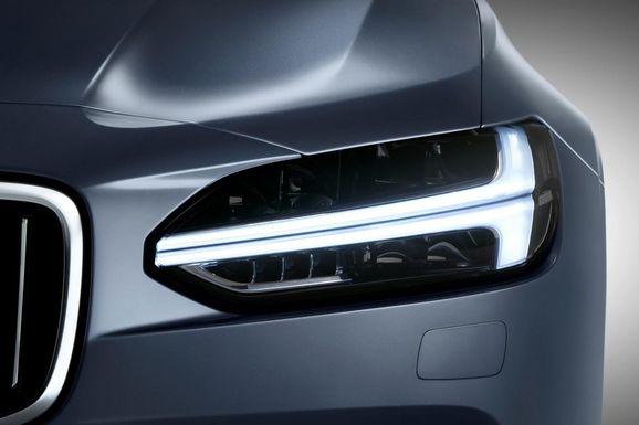 Volvo-S90-New-22.jpg