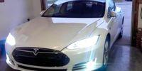 Efter kritiken – Tesla släpper ny uppdatering av Autopilot