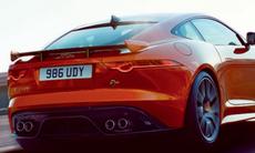 Jaguar F-Type SVR är snabbare – och ännu mer högljudd