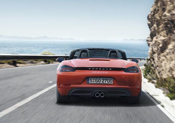 Porsche_718_012.jpg