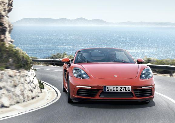 Porsche_718_006.jpg