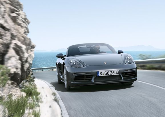 Porsche_718_001.jpg