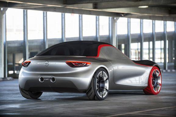 Opel_GT_115.jpg