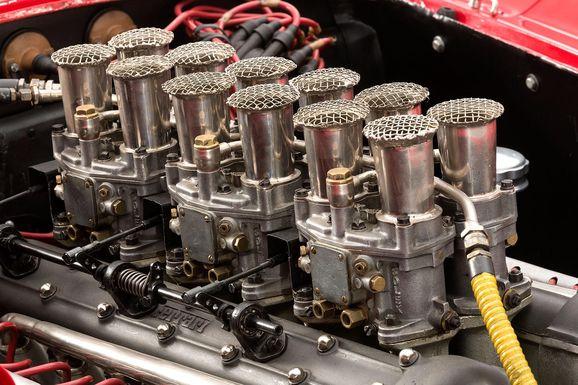 Ferrari_335S_Spider_Scaglietti_014.jpg