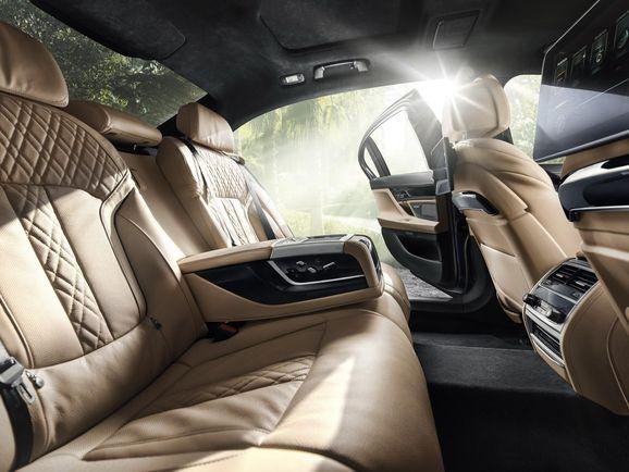 BMW-Alpina-B7-29.jpg