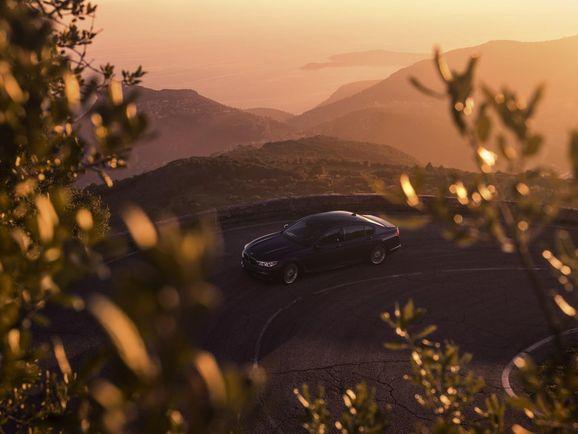 BMW-Alpina-B7-43.jpg