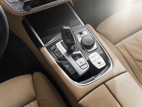 BMW-Alpina-B7-31.jpg