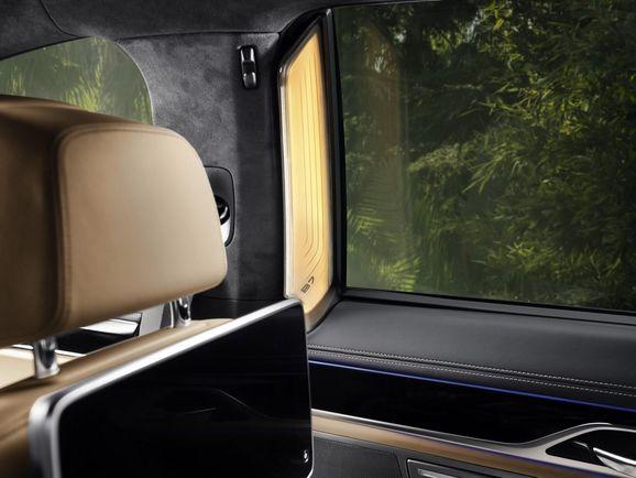 BMW-Alpina-B7-33.jpg