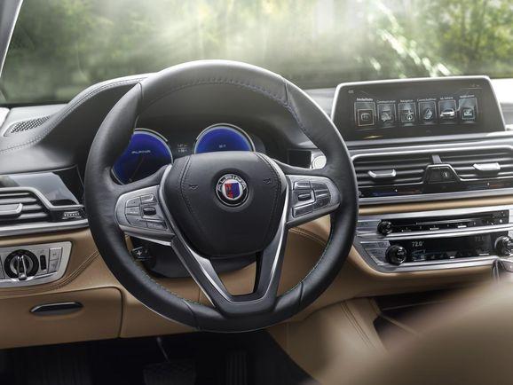 BMW-Alpina-B7-30.jpg