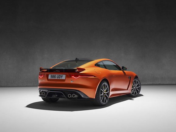 Jaguar_SVR_023.jpg