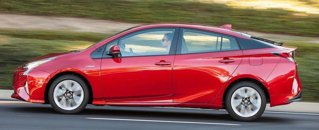 Toyota Prius får fyrhjulsdrift – men oklart om den kommer till Sverige