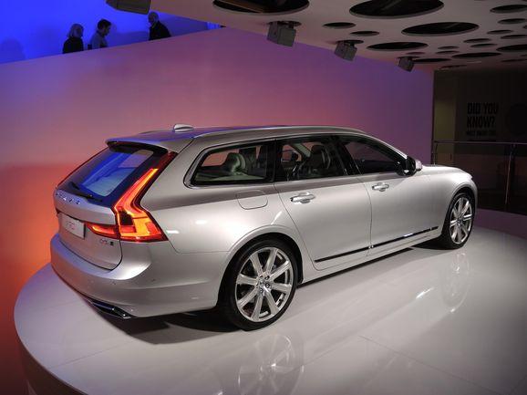 Volvo_V90_00.JPG