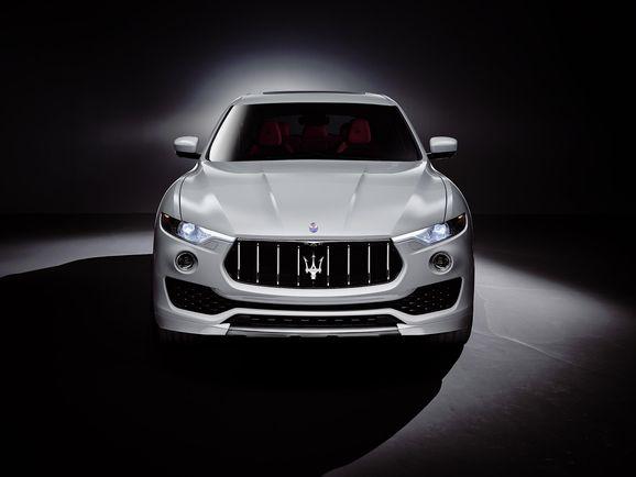 Maserati_Levante_1_c561d.jpg