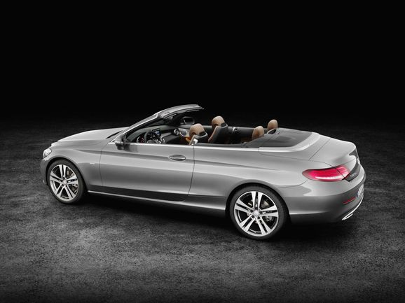Mercedes_Cklass_Cab_037.jpg