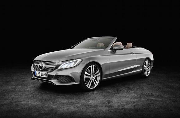 Mercedes_Cklass_Cab_034.jpg