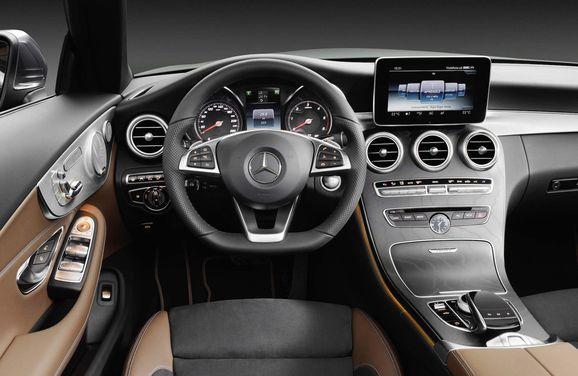 Mercedes_Cklass_Cab_032.jpg