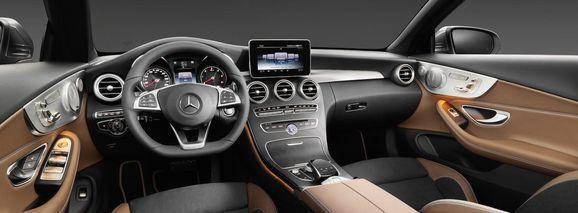 Mercedes_Cklass_Cab_031.jpg