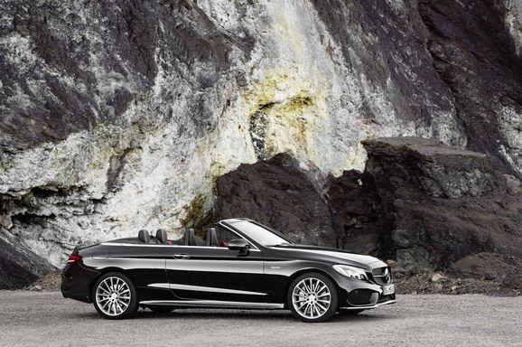 Mercedes_Cklass_Cab_027.jpg