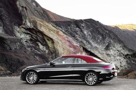 Mercedes_Cklass_Cab_024.jpg