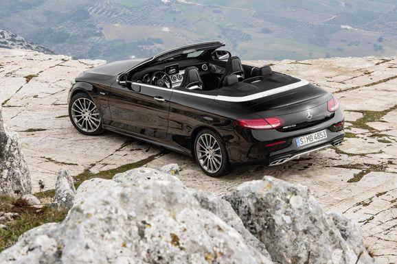 Mercedes_Cklass_Cab_020.jpg