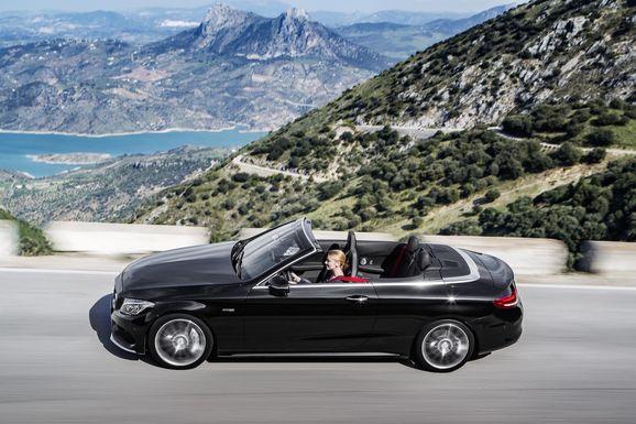 Mercedes_Cklass_Cab_014.jpg