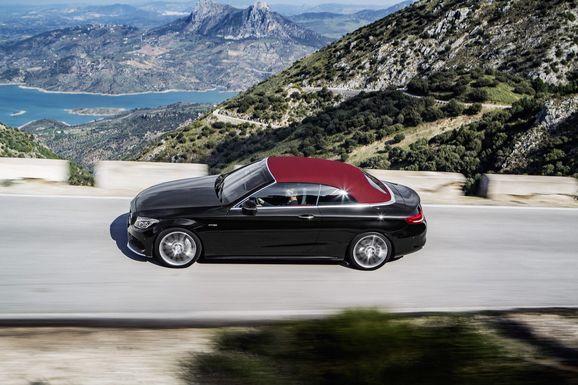 Mercedes_Cklass_Cab_013.jpg