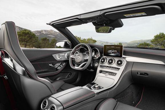 Mercedes_Cklass_Cab_012.jpg