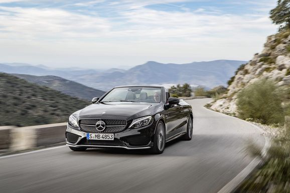 Mercedes_Cklass_Cab_015.jpg