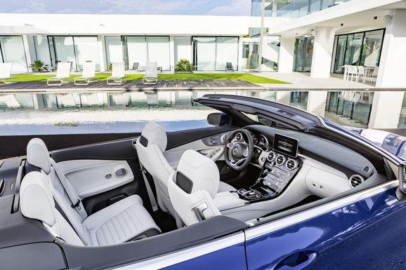 Mercedes_Cklass_Cab_011.jpg