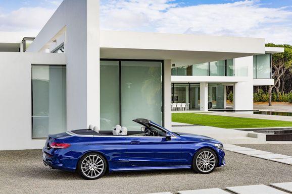 Mercedes_Cklass_Cab_004.jpg