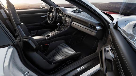 porsche-911r-unveiled-geneva-1.jpg