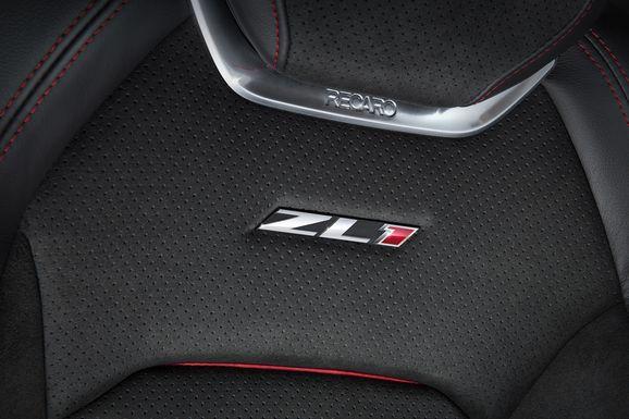 2017-Chevrolet-Camaro-ZL1-020.jpg