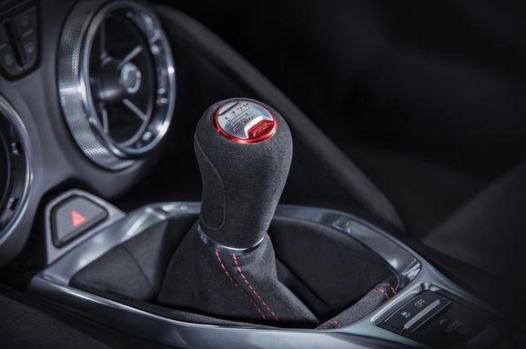 2017-Chevrolet-Camaro-ZL1-017.jpg