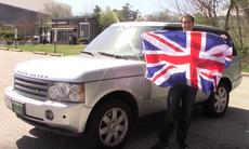 Sågar Range Rover och Defender – då går britterna i taket
