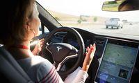 """Volvo: """"Teslas Autopilot är låtsas-autonomt och farligt"""""""