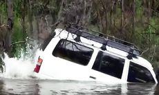 Toyota Land Cruiser – när du har bråttom och måste över floden...
