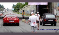 Dragrace: Nissan GT-R möter Lada Niva och du kan inte ana…