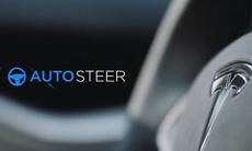 """Tesla försvarar Autopilot: """"Skulle vara orimligt att stänga av funktionen"""""""