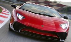 """Nej, Lamborghini ska inte döda V12-motorn: """"Den har stor potential"""""""
