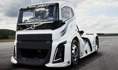 """Volvos imponerande lastbilsrekord – kolla in nya """"Iron Knight"""""""