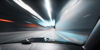 9 av 10 tjänstebilister kör för fort – 130 optimala farten?