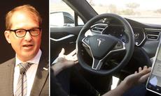 Tyskland går hårt åt Tesla: Använd inte ordet autopilot!