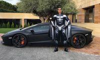 Ronaldo_1000puff.jpg